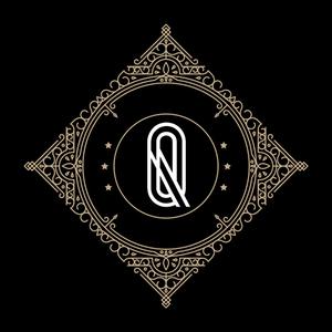 Retro Black Letter Q